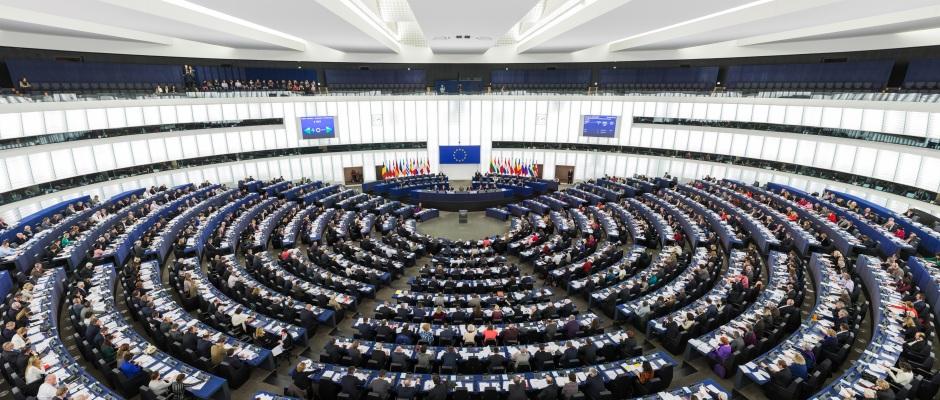El Parlamento Europeo investigará a expolíticos que trabajan en grandes empresas energéticas