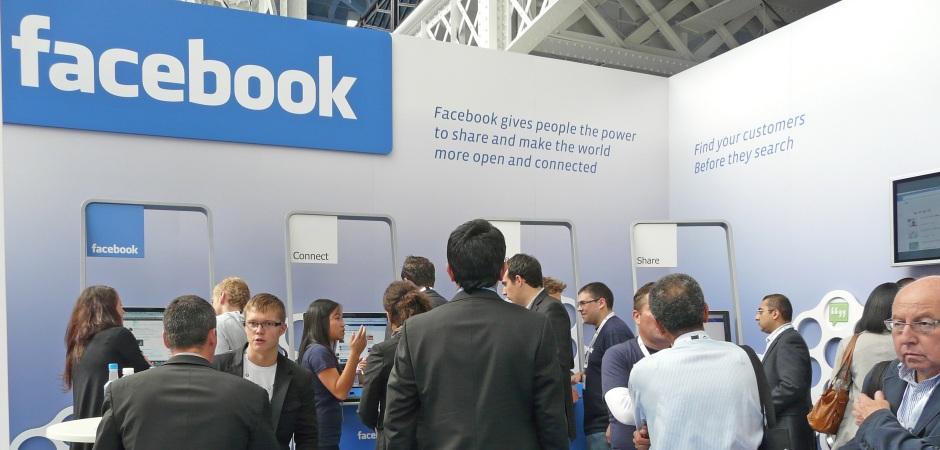 Facebook celebra su 12 aniversario con una salud inmejorable